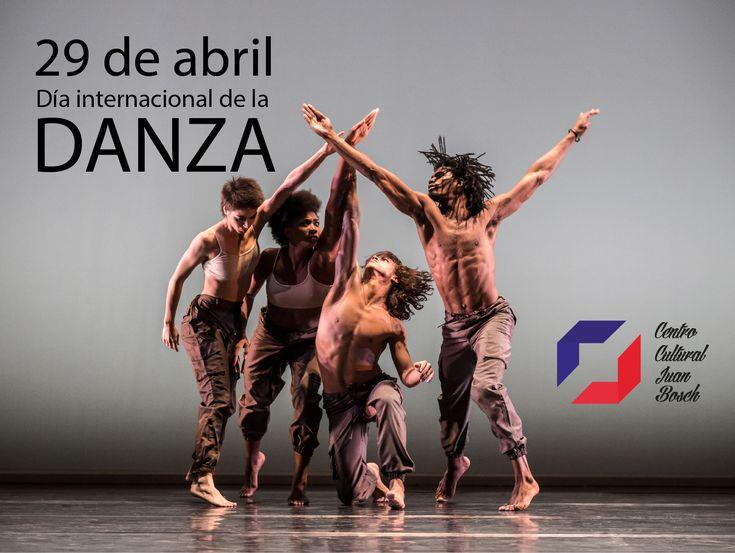 Hoy 29 de abril se conmemora el día internacional de la danza. El Centro Cultural Juan Bosch se suma a la celebración recordando este día con la participación del Ballet Folklorico en el evento multicultural a beneficio de la Cruz Roja en el Parque de Cabecera de Valencia.     #Danza