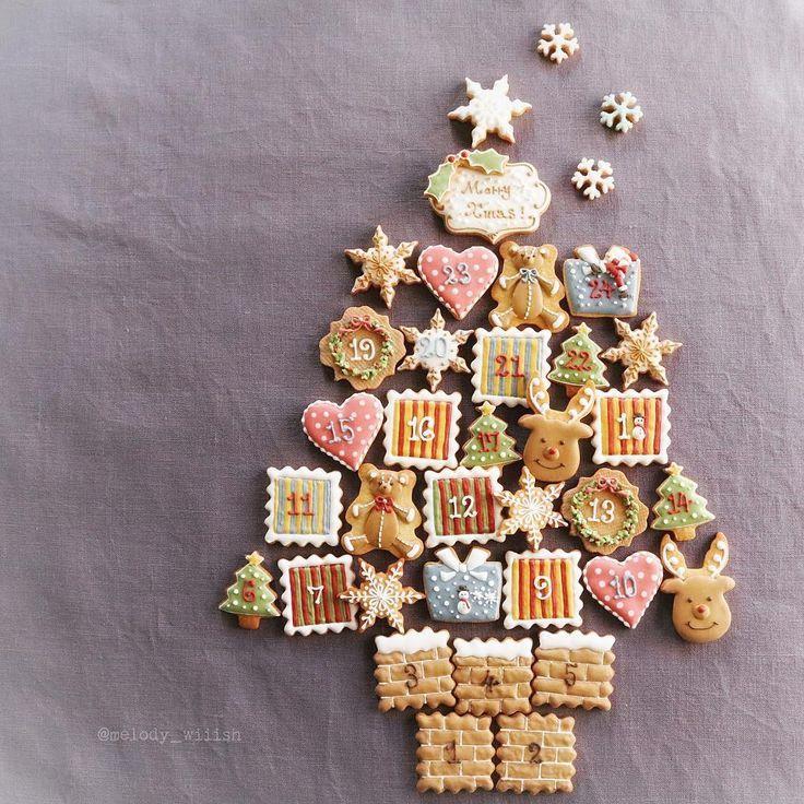 Santa Claus is coming to town!🔔🎶 * Find Santa Claus!🎅 * アイシングクッキーでアドベントカレンダーを作ってみました。 * 『サンタクロースを探せ!』 * * * #アドベントカレンダー#クリスマス#Christmas#adventcalendar#icing#アイシングクッキー#sugarcookies#lin_stagrammer #手作り#お菓子作り#おやつ#スイーツ#おうちカフェ#sweets#foodpic#foodphotography #Instagram#Instagramjapan#instasweet#foodstagram#IgersJP#ファインダー越しの私の世界#暮らし
