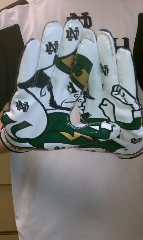 "2011 Notre Dame Football Gloves...I have these from the ND Fantasy Camp. Like the Irish? Be sure to check out and ""LIKE"" my Facebook Page https://www.facebook.com/HereComestheIrish Please be sure to upload and share any personal pictures of your Notre Dame experience with your fellow Irish fans!"