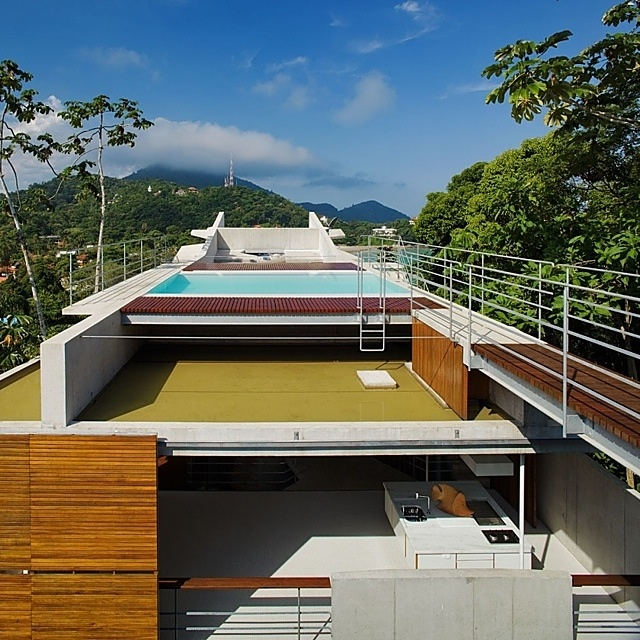 House in Ubatuba, Brazil by SPBR Arquitetos