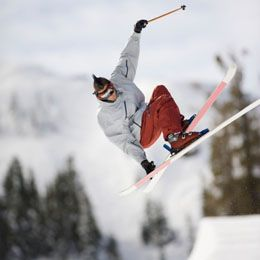 What do you do after you have learned the basics of freestyle skiing? You perform some more challenging freestyle skiing tricks. This article provides a list of tricks which every skier should learn to use.