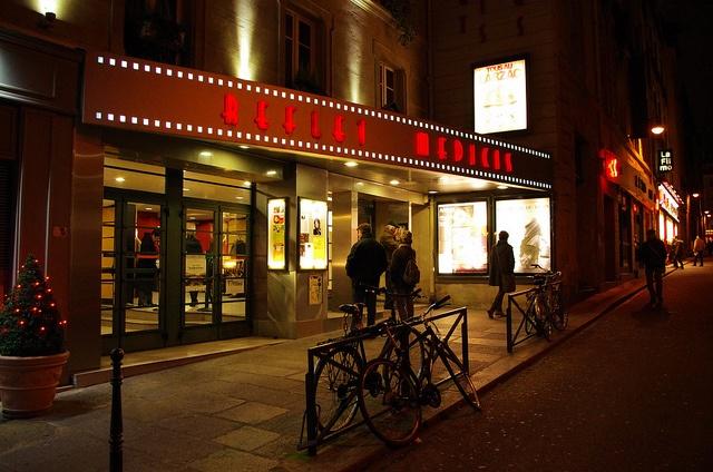 Cinéma le Reflet Médicis, rue Champollion, Paris.