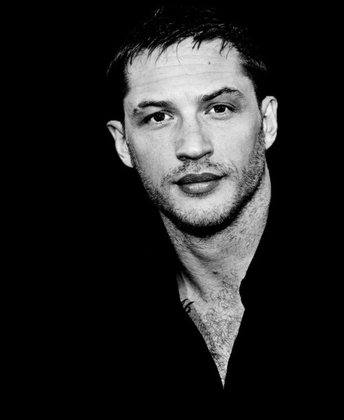 Tom Hardy. No man should have lips that look like this...