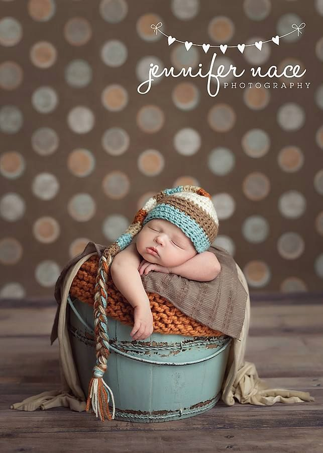 Jennifer nace photography bucket pose tan blue orange