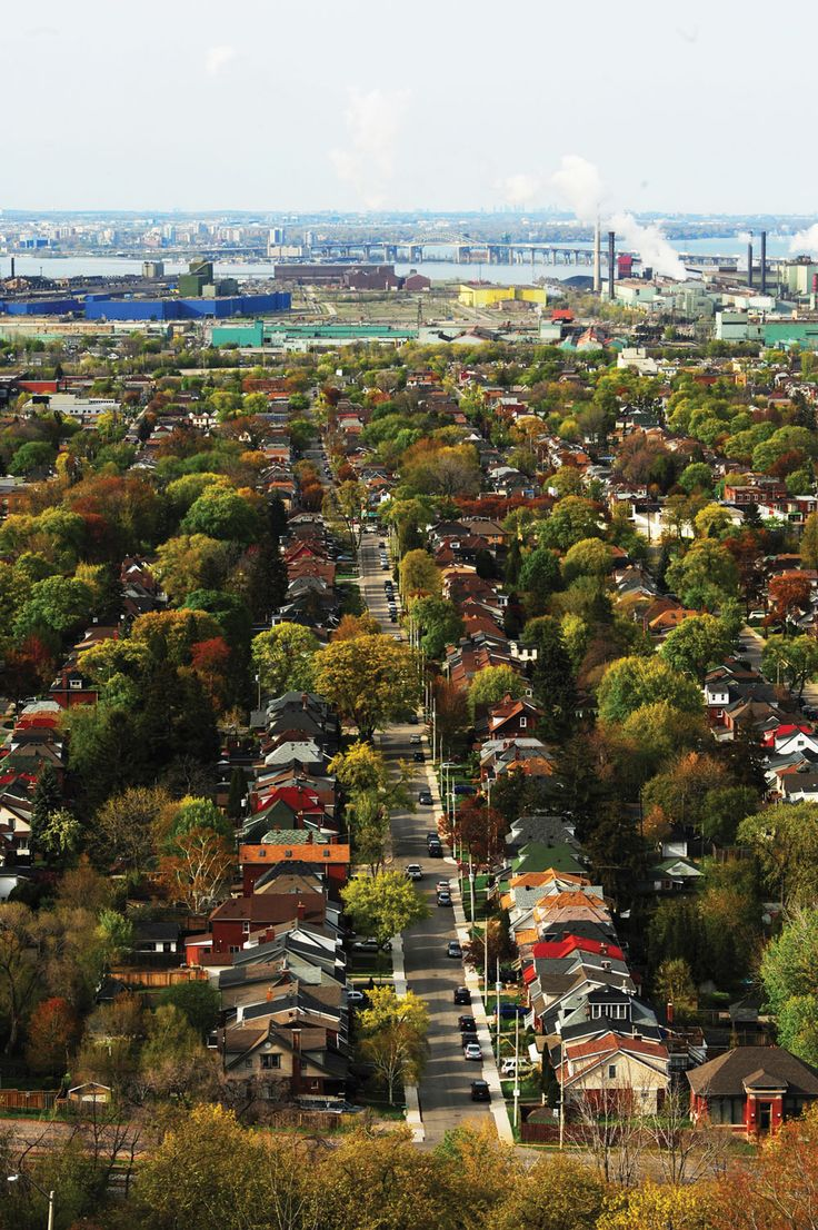 Diehard Torontonians are saying buh-bye to the bidding wars, the seven-figure semis, the gridlock, the constant construction