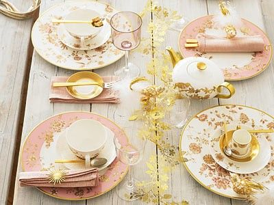 tea party!: Idea, Teas Time, Tables Sets, Blushes Pink, Colors, Gold Tables, Places Sets, Pink And Gold, Teas Parties