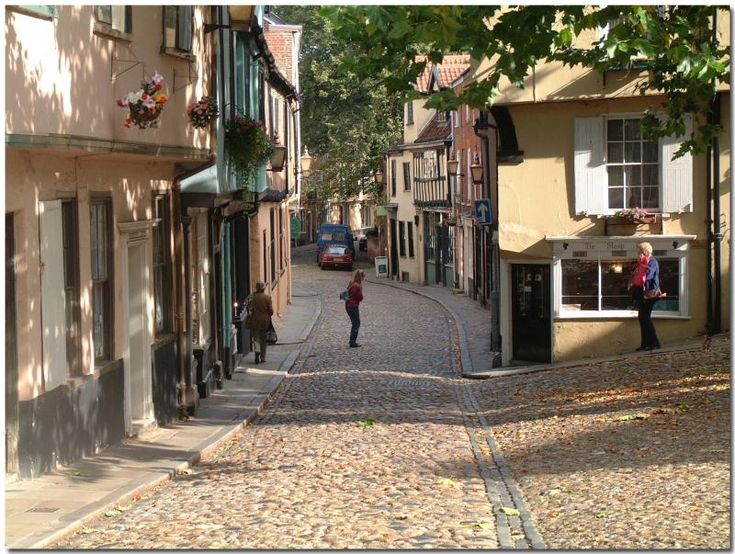 Elm Hill, Norwich, England... one of the most beautiful medieval streets in England. I do like cobblestones.