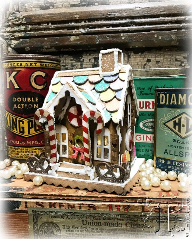Tim Holtz: Village Gingerbread video tutorial