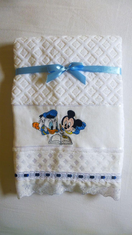 toalha de banho infanil. atelie mãe e filha