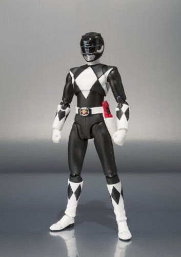 Amazon.com: Bandai Tamashii Nations S.H. Figuarts Mighty Morphin Black Ranger Action Figure: Toys & Games