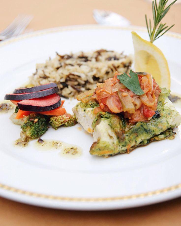 Hake hidden in Vegetable Coat #pescada #pastadelegumes #peixe #cozinhasaudavel #finedining #chaminerussa #stroganovhotel #onthetable #coimbra #visitportugal