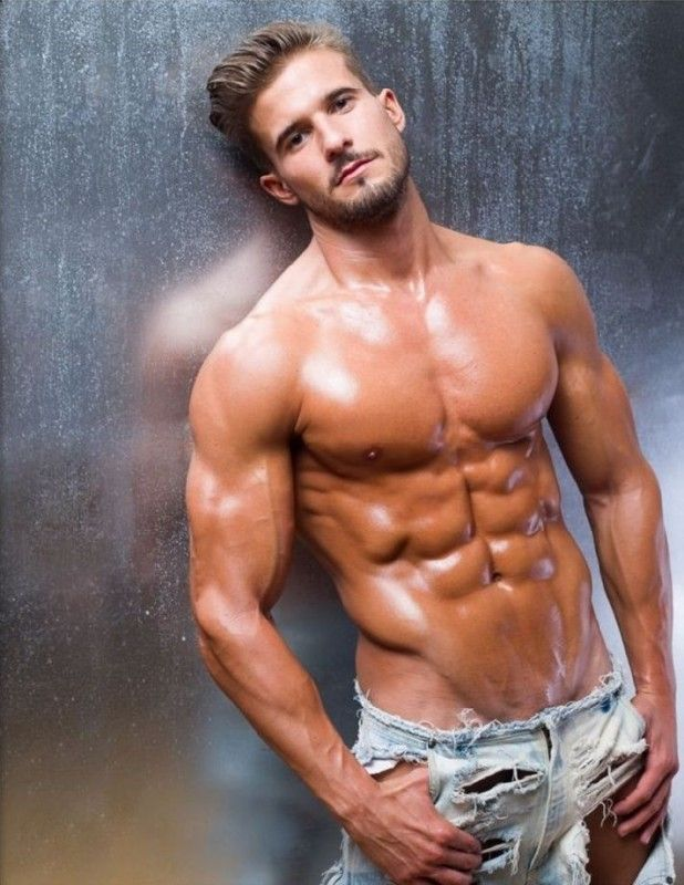 Antonio Pozo shirtless in ripped jeans | Focus on ANTONIO ...