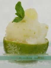 Hoe maak ik gemakkelijk zelf ijsjes? - Het Nieuwsblad: http://www.nieuwsblad.be/cnt/dmf20150624_01746482?utm_source=facebook