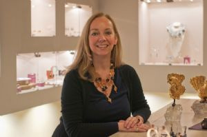 EXPATS IN FLORENCE :: Petra Casini From selling stones to designing jewelry