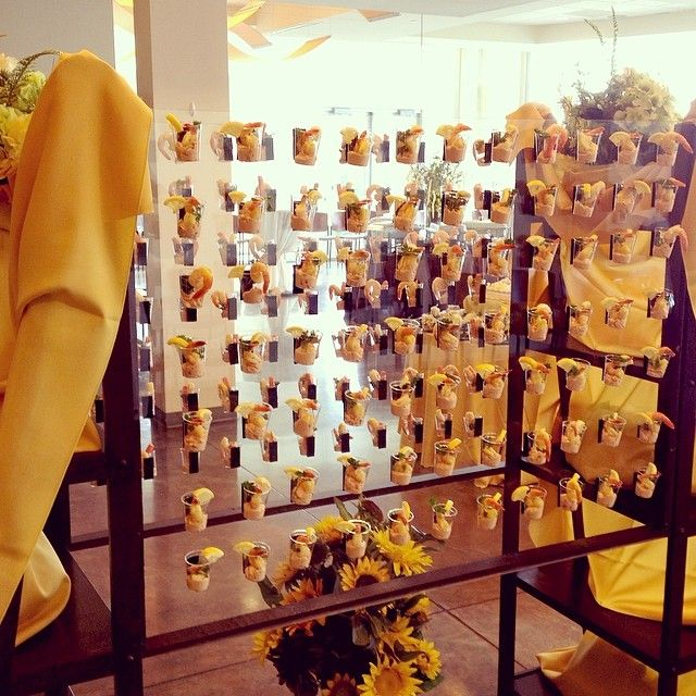 17 best images about canap buffet bar on pinterest for Canape display stands