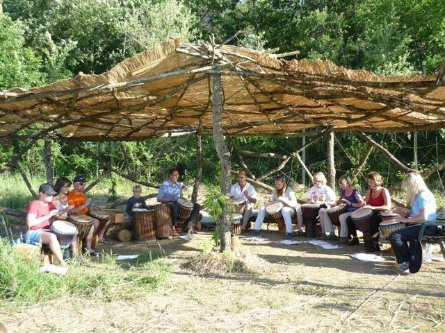 Corso di percussioni !! #percussioni #workshop #corso #studio #gruppi #felicita #sorrisi #battere #levare #ombra #relax #divertirsi #insieme #capanna #live #concerto #prove