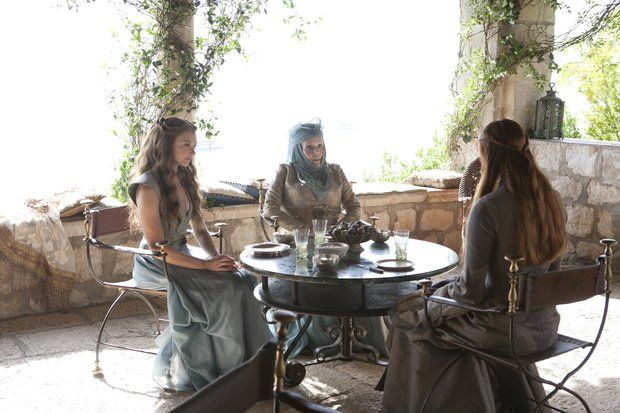 Natalie Dormer as Margaery Tyrell, Diana Rigg as Lady Olenna and Sophie Turner as Sansa Stark in 'Game of Thrones' Season 3, Epidode 302