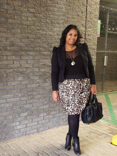 plus size outfit idea: animal print skirt & black blazer