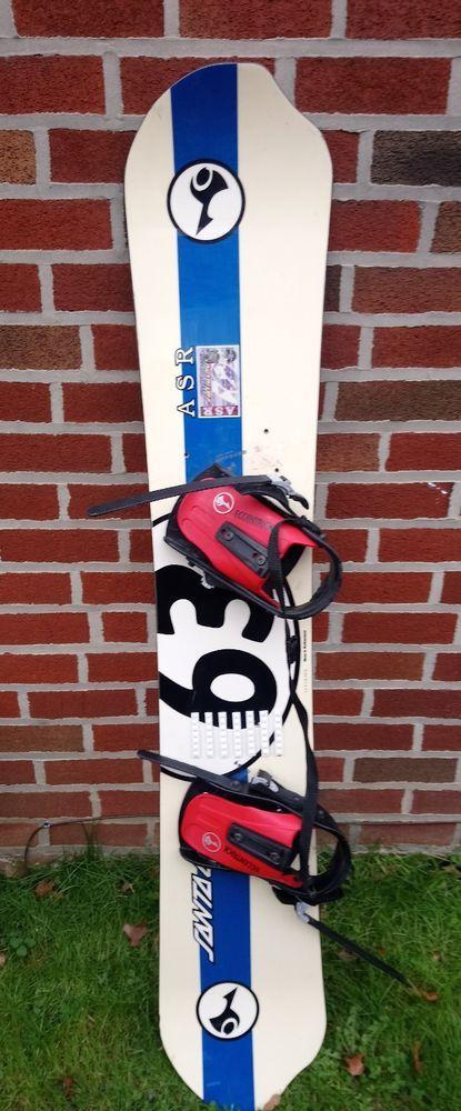eb97cae39b3e Vintage Santa Cruz ASR 63 inch Asymmetrical Snowboard 160 cm ...
