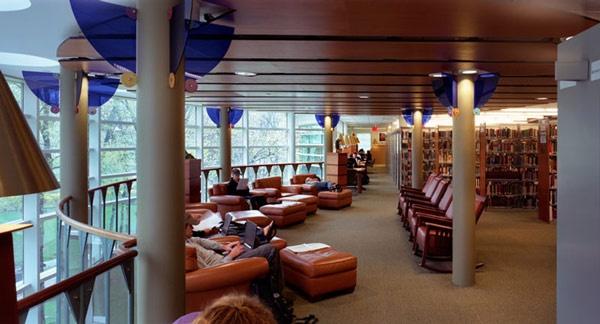 Arnold Bernhard Library, Quinnipiac University