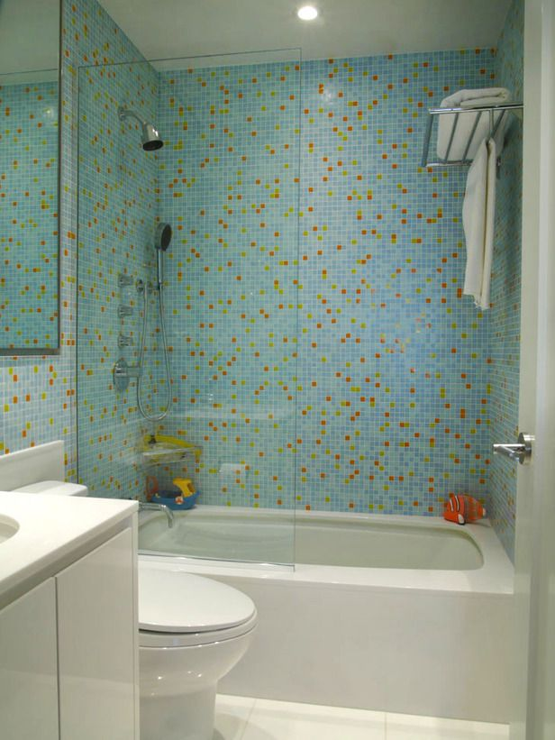 Make A Unique Bathroom With The Glass Tile Designs For Bathrooms Glass Tile Bathroom Pictures