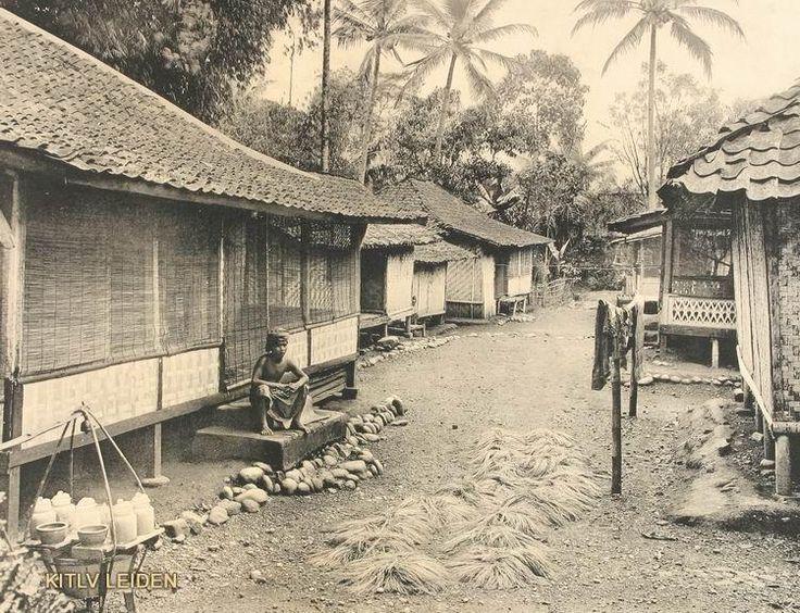 Onderschrift kampong in Garoet 1910