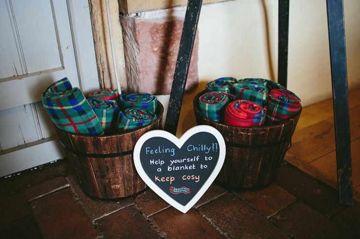 Blankets Cosy Natural Rustic Hand Crafted #Autumn #Wedding http://www.epiclovephotography.com/