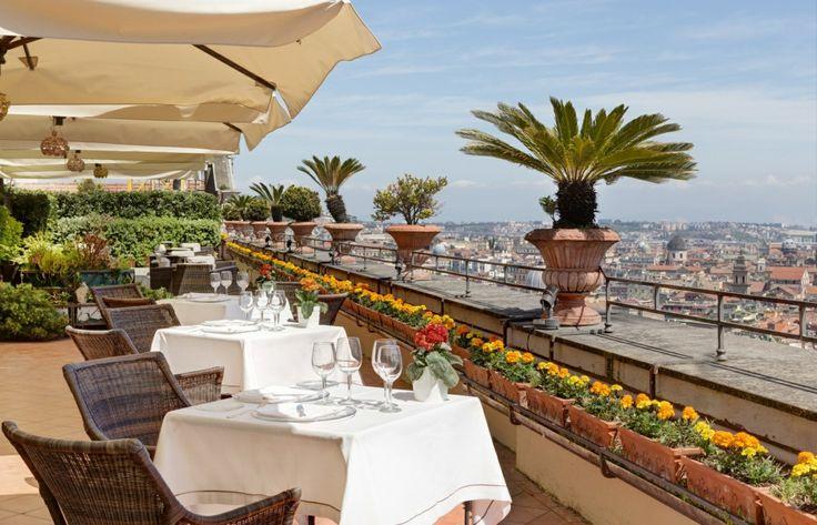 Hotel San Francesco Al Monte **** | 4-Sterne Hotel Neapel - OFFIZIELLE HOMEPAGE