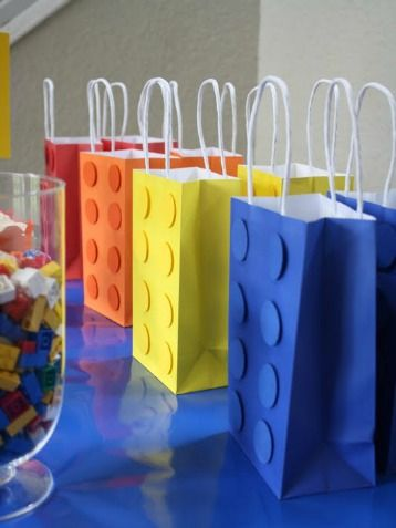 Lego-love gift bags. #party #favors http://www.ivillage.com/best-diy-kids-birthday-party-favor-ideas/6-a-515641#