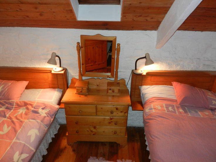Cottage 4 Twin Bedroom