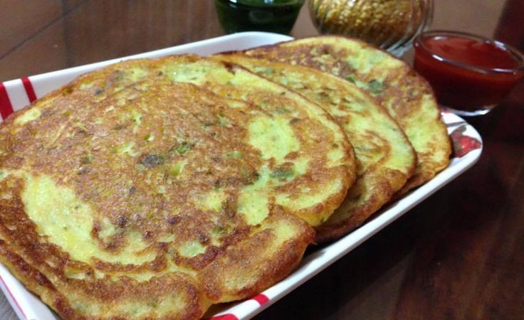 Yellow Moong Daal Uttapam - Breakfast Recipe