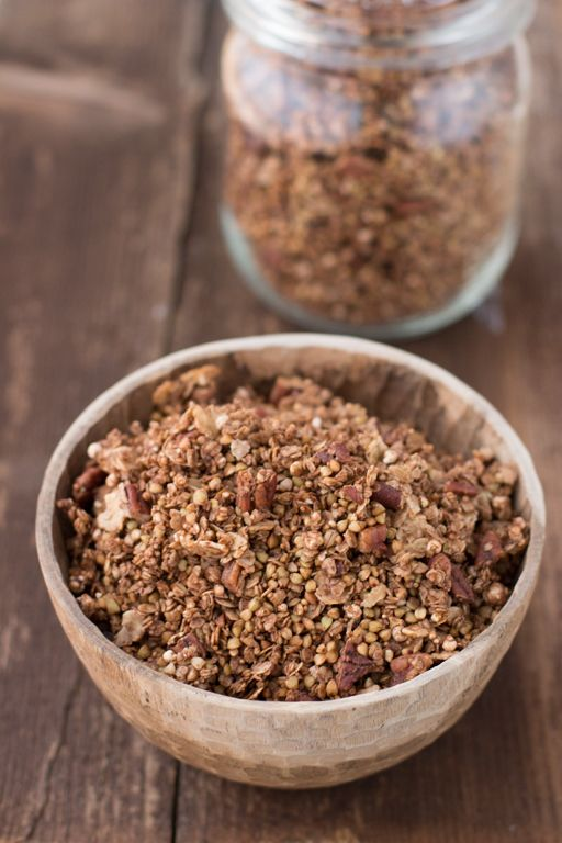 My favorite cocoa granola with buckwheat, oats and tigernut flakes | Carrot …