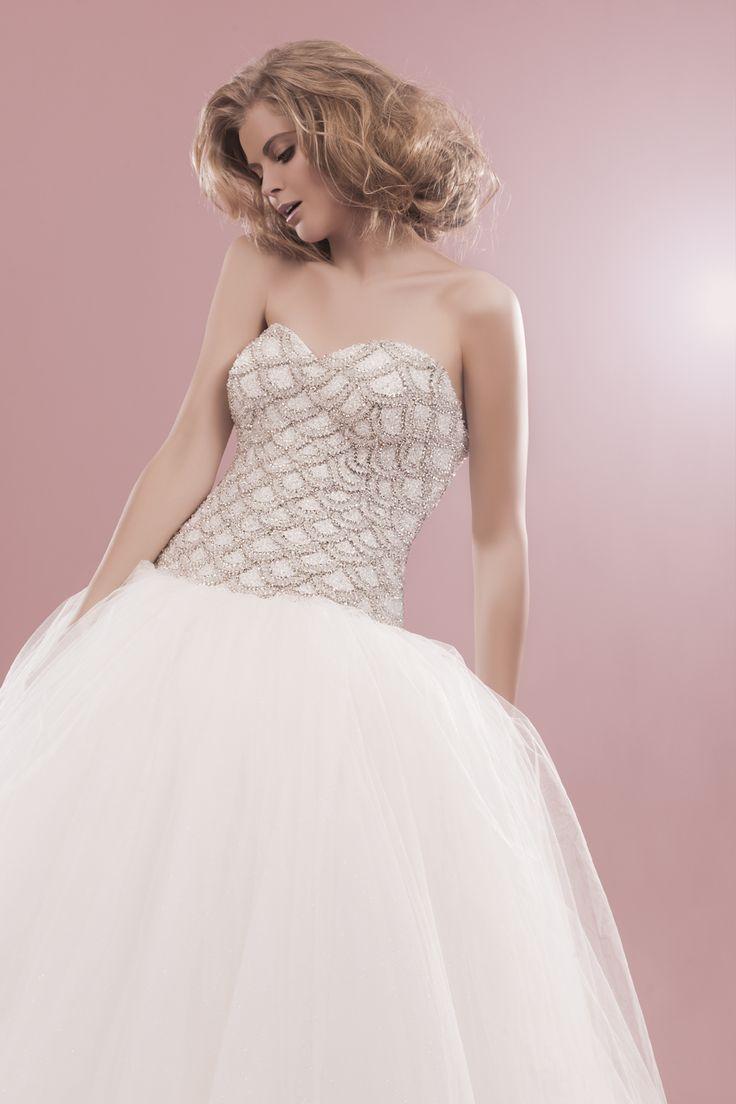 la robe magique et romantique rien que pour vous chez herve mariage paris - Herve Mariage Paris