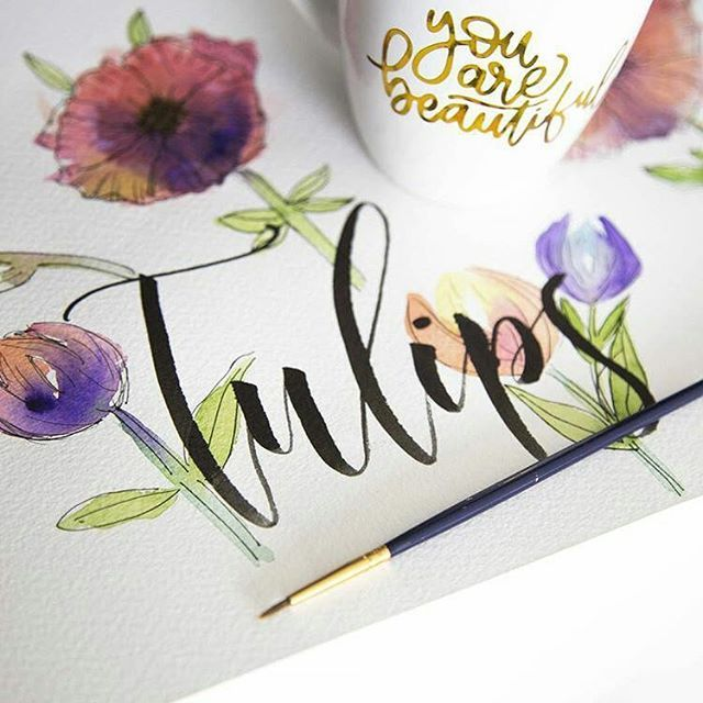 Trying some #watercolor for the first time! My flower still needs a lot of work🙈... But so far I'm loving it.  Thanks Peggy @thepigeonletters , you're awesome, and I learned a lot from you 😊❤ #tulips #flowers