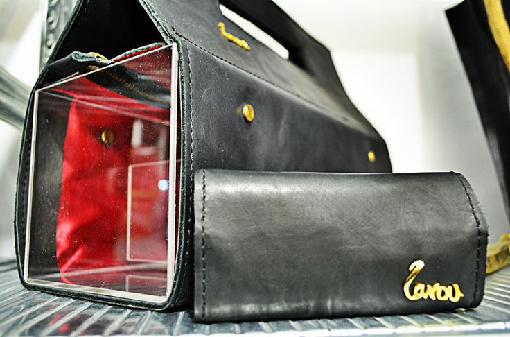 handmade leather bag with plexiglass . http://larou.gr/product/zerotwo02/