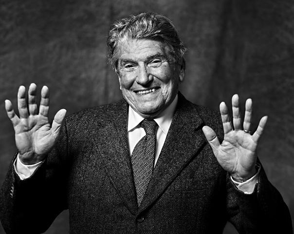 Questo bel signore è stato uno dei più grandi portieri di calcio della AS Roma. Si tratta di Luciano Tessari.