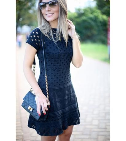 Vestido tricot furinhos acinturado preto | Galeria Tricot