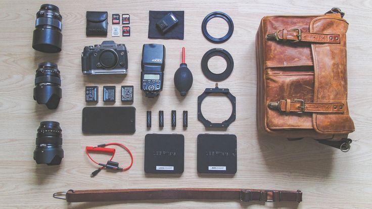 De beste cameratas, maar welke?  Als je net een nieuwe camera hebt gekocht wil je daar vaak ook graag een nieuwe tas bij hebben om hem in op te kunnen bergen. Voor die camera zoek je vaak urenlang in allerlei fora om verschillende meningen te verzamelen. Als je dan bent zoals ik heb je waarschijnlijk ook zo'n beetje alle reviews gelezen en ben je misschien wel een keer of 10 op de website van de fabrikant gaan kijken om maar zoveel mogelijk informatie te verzamelen.
