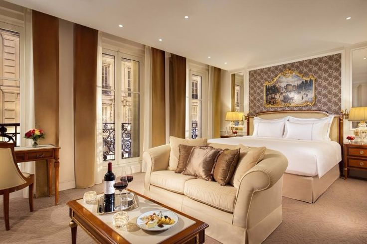 The 10 most stunning boutique hotels in lovely Paris / modern style, modern design, furniture trend  #livingroomdecor #livingroomdecor #royal / Read more: http://www.designcontract.eu/hospitality/stunning-boutique-hotels-lovely-paris/?preview_id=10108&preview_nonce=2d6fcfd483&post_format=standard&_thumbnail_id=10127&preview=true