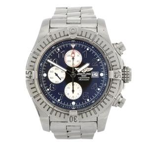 A gentleman's Breitling Super Avenger bracelet watch
