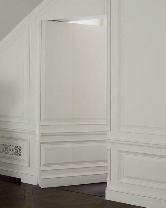 Secret passage. Hidden door. Andrew Skurman Architects.