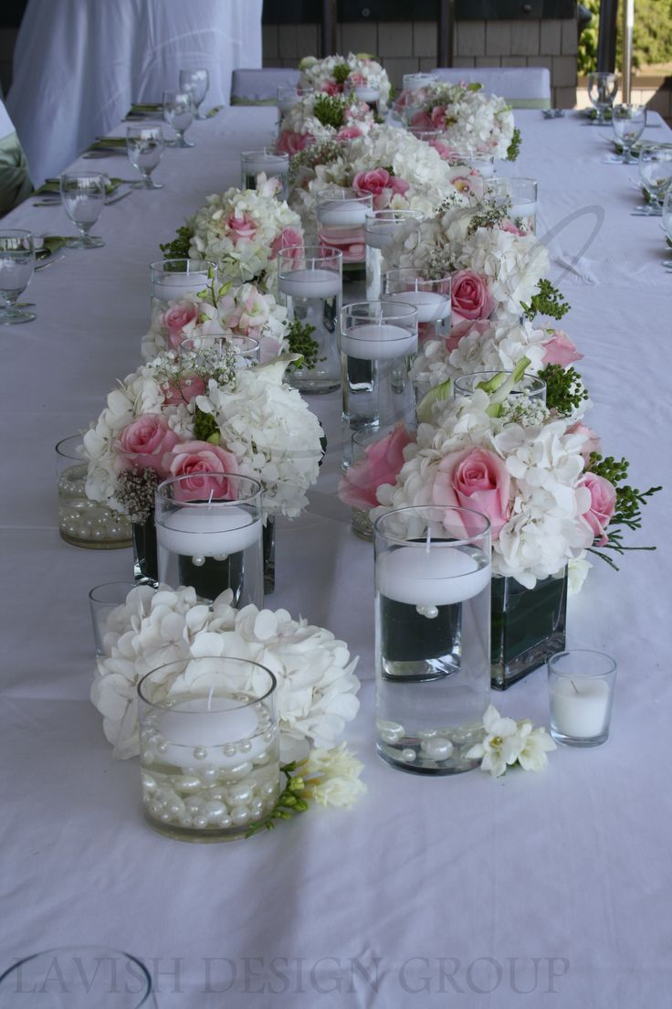 Classic floral arrangements for an intimate outdoor
