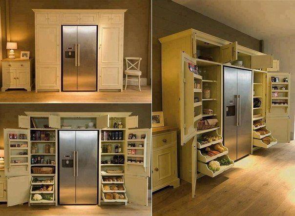 Вместительный шкаф для продуктов