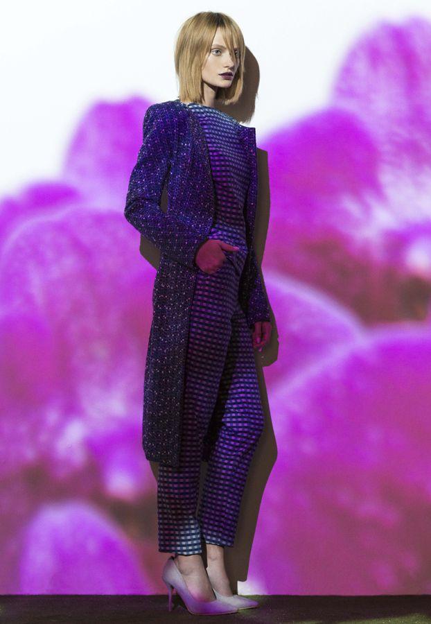 ink tweedspear coat, denim check cotton bloom skirt & denim check cotton slim contour pant. www.biancaspender.com