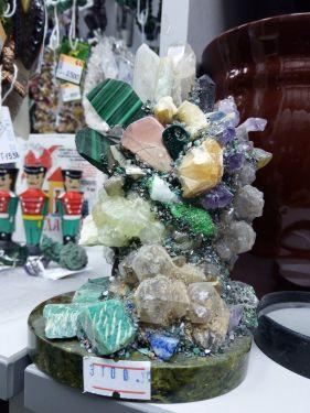 Сувенир из природного камня