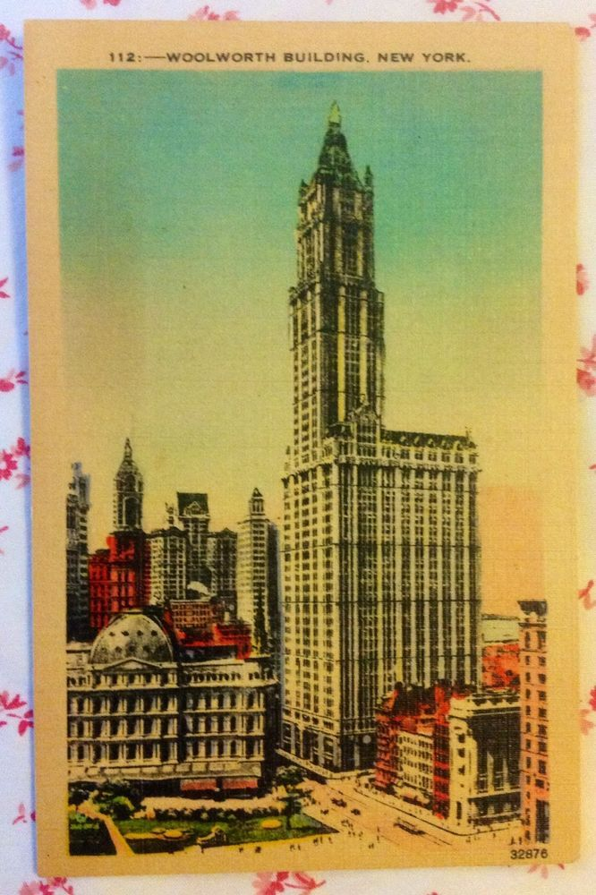 Vintage Linen Postcard Woolworth Building, New York, NY