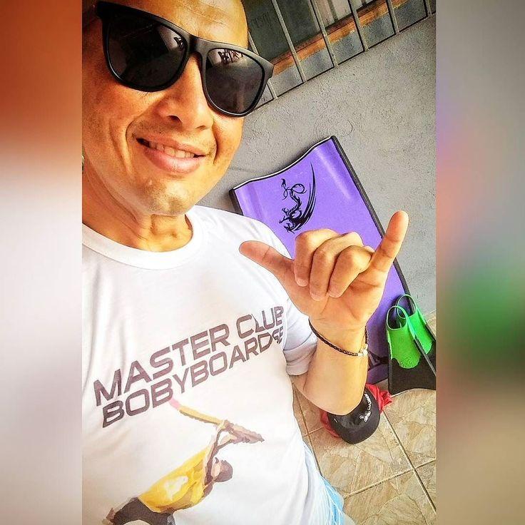 Última caída de 2017... E o mais valioso não são as ondas e sim poder desfrutar da paz de estar rodeado da pura expressão da vontade de Deus: VIDA! Que  2018 venha repleto de vida e muito amor!!! . . . #662dias #bariatrica #100kgOff #vidaaposbariatrica #deusnocomando #novavidanova #crossfit #weightlift #crossfitter #crossfitlife #crossfitlover #crossfitbrasil #crossfitnordeste #crossfitsergipe #crossfitaracaju #pedalada #pedal #corrida #corridaderua #bodyboard #warofday #aracaju #sergipe…