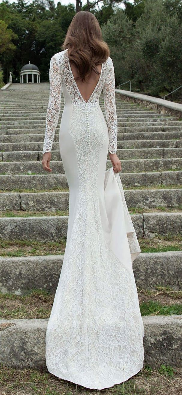 Une robe de mariée dos nu