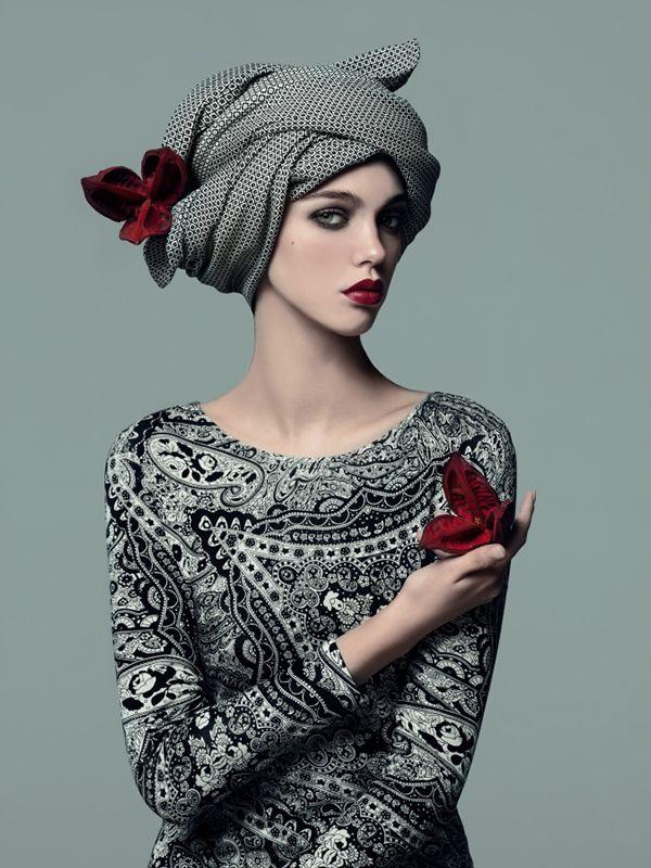 Anisia on BehanceAnisia Photographer: Andrey Yakovlev Art director: Lili Aleeva Model: Anisia (ABA models) MUAH: Lili Aleeva Style: Leila Erdman