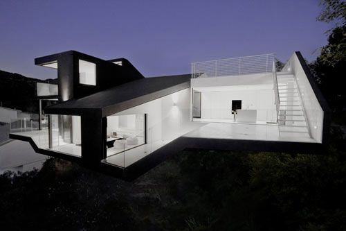 Nakahouse in Hollywood Hills designed by XTEN Architecture